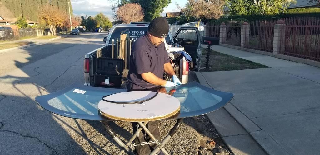 UNLIMITED MOBILE🚘 AUTO GLASS - car repair  | Photo 5 of 10 | Address: 909 MobileService, San Bernardino, CA 92404, USA | Phone: (909) 571-9960