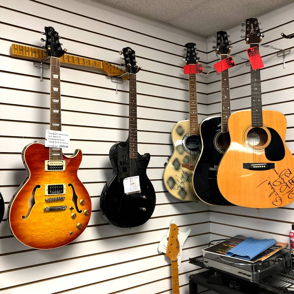 Nadines Music Manor - electronics store  | Photo 4 of 6 | Address: 910 W Parker Rd Suite 160, Plano, TX 75075, USA | Phone: (972) 985-7884
