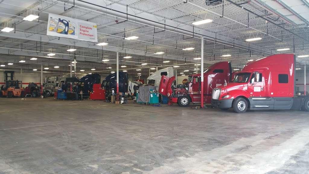 TRUCK LIFE - car repair  | Photo 1 of 10 | Address: 7900 Melton Rd, Gary, IN 46403, USA | Phone: (219) 655-0018