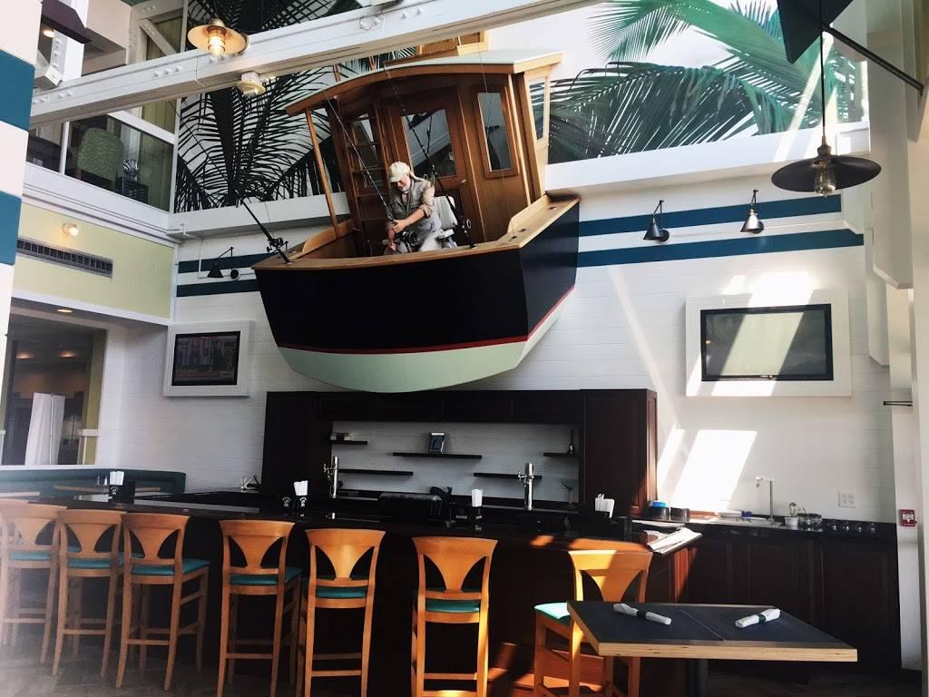 Hemingways Restaurant & Bar Pilar - restaurant  | Photo 6 of 10 | Address: 2101 Atlantic Ave, Virginia Beach, VA 23451, USA | Phone: (757) 419-2544