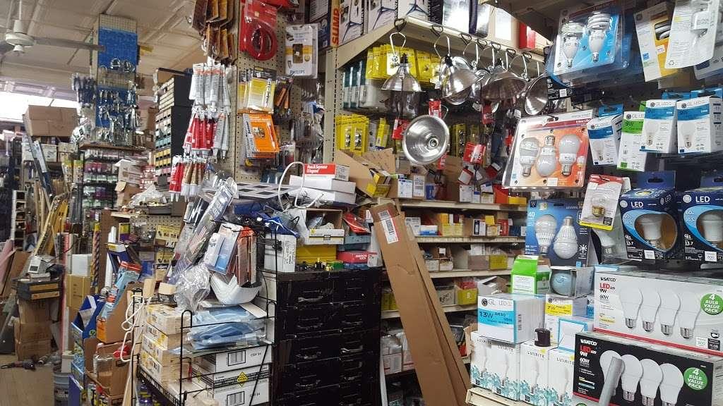 Platz Hardware True Value - hardware store  | Photo 1 of 6 | Address: 65-25 Forest Ave, Ridgewood, NY 11385, USA | Phone: (718) 821-5850