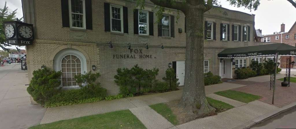 Fox Funeral Home Inc - funeral home  | Photo 9 of 10 | Address: 9807 Ascan Ave, Forest Hills, NY 11375, USA | Phone: (718) 268-7711