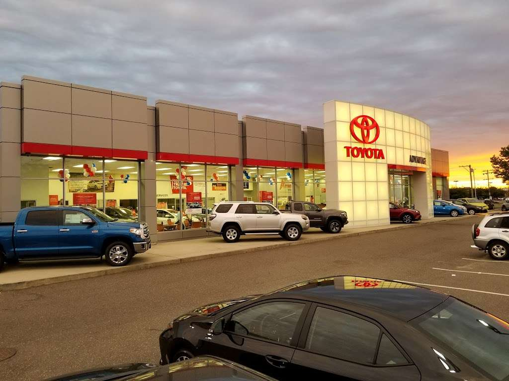 Advantage Toyota - car dealer  | Photo 8 of 10 | Address: 400 W Sunrise Hwy, Valley Stream, NY 11581, USA | Phone: (516) 887-8600