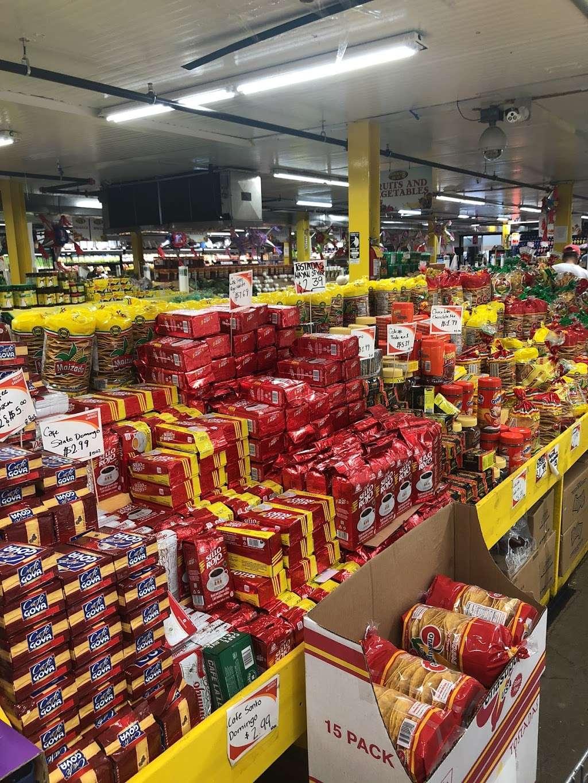 El Mercado De La Ocho - supermarket    Photo 3 of 10   Address: 100 8th St, Passaic, NJ 07055, USA   Phone: (973) 470-8737