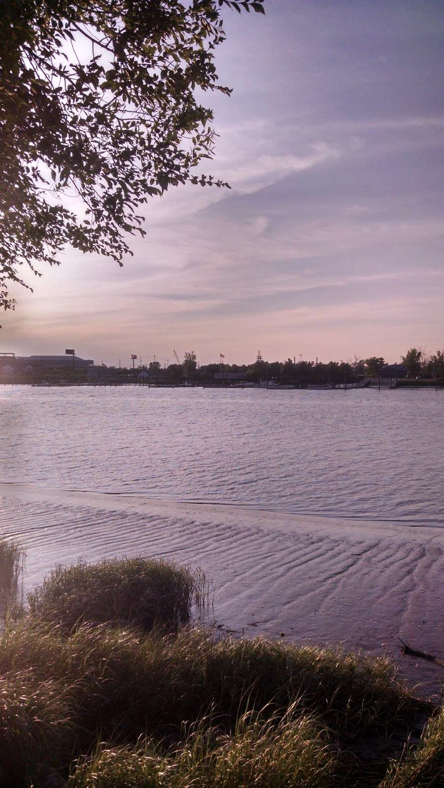 Acorn Park - park  | Photo 6 of 9 | Address: 1199 Farm Rd, Secaucus, NJ 07094, USA