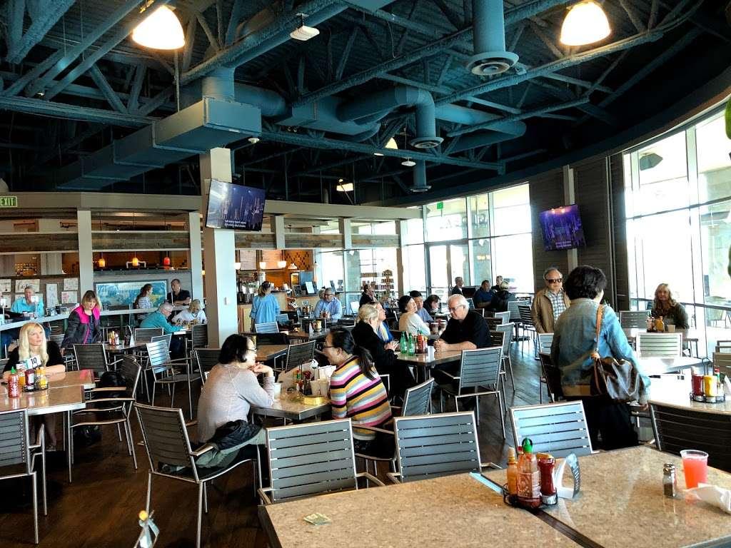 Mariners Church Cafe - cafe  | Photo 6 of 10 | Address: 5001 Newport Coast Dr, Irvine, CA 92603, USA