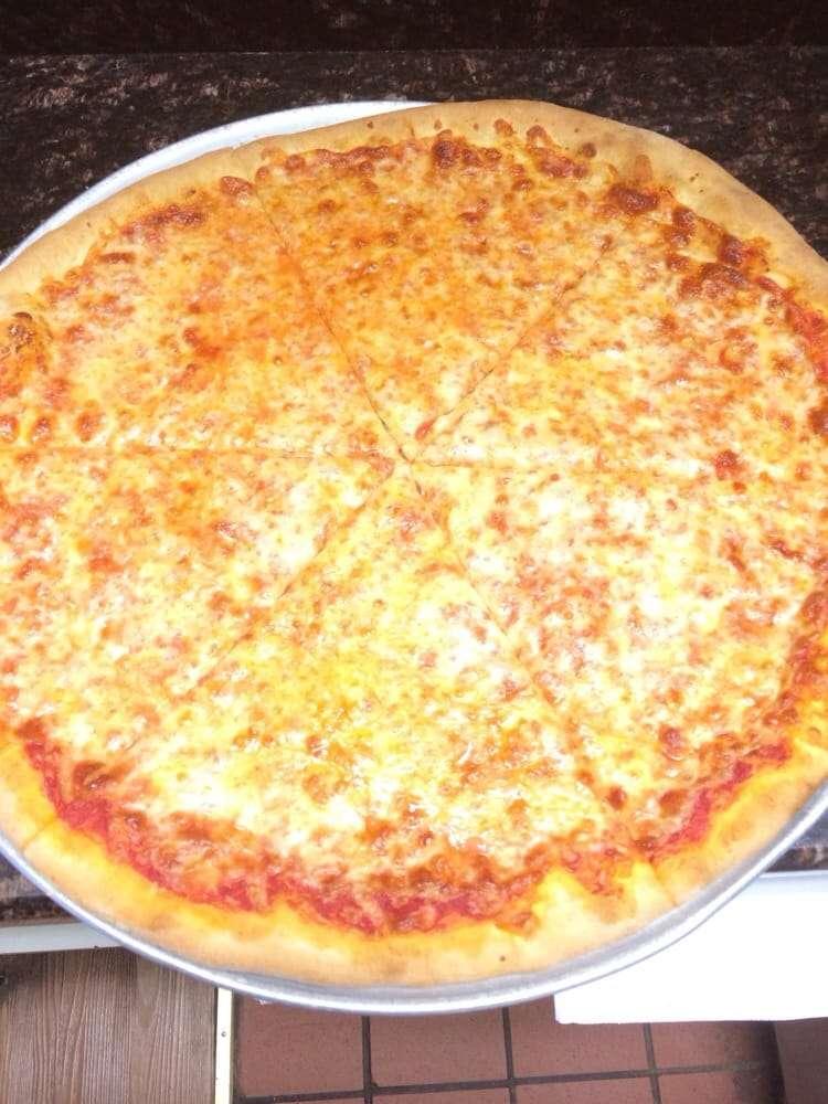 Angelos Pizzeria - restaurant  | Photo 9 of 10 | Address: 115 Queen Anne Rd, Bogota, NJ 07603, USA | Phone: (201) 489-8602