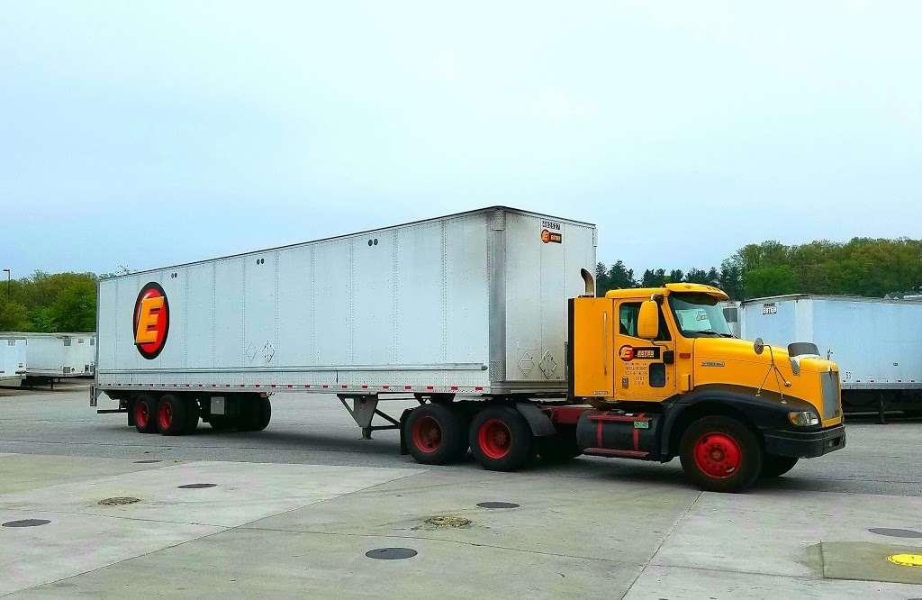 Estes Express Lines - moving company  | Photo 6 of 7 | Address: 2220 74th St, North Bergen, NJ 07047, USA | Phone: (201) 869-4238