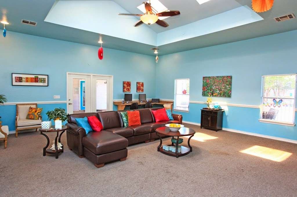 Island Club Apartments - real estate agency  | Photo 3 of 8 | Address: 1500 Sharen Dr, Salisbury, MD 21804, USA | Phone: (410) 860-0095