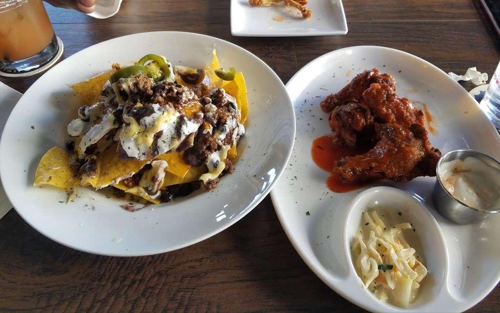 Bronx Tavern - restaurant  | Photo 5 of 10 | Address: 3503, 780 E 133rd St, Bronx, NY 10454, USA | Phone: (718) 292-2108