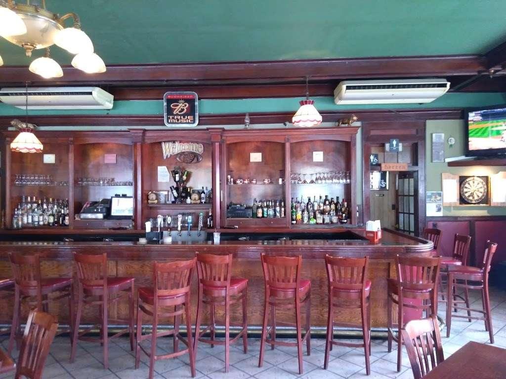 Carriage House - restaurant  | Photo 3 of 10 | Address: 3351 NY-97, Barryville, NY 12719, USA | Phone: (845) 557-0400