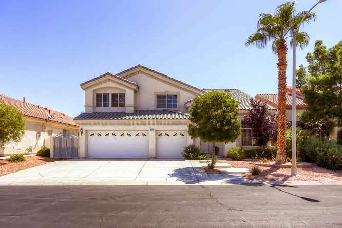 Teresa Story-Turner, Realtor at Realty One Group - real estate agency  | Photo 1 of 5 | Address: 2831 St Rose Pkwy #100, Henderson, NV 89052, USA | Phone: (702) 241-0367