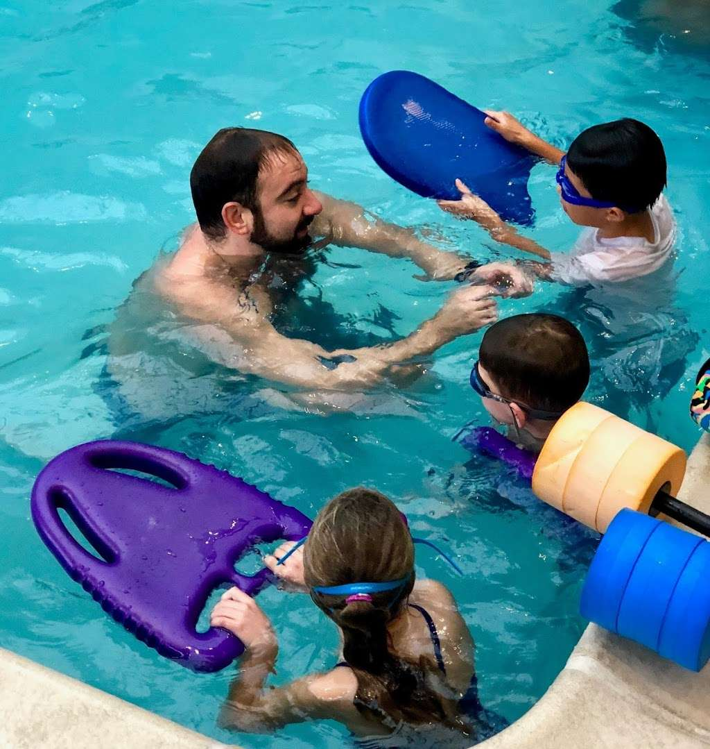 Take Me To The Water Swim School - health  | Photo 8 of 10 | Address: 37-10 114th St, Corona, NY 11368, USA | Phone: (212) 371-9500