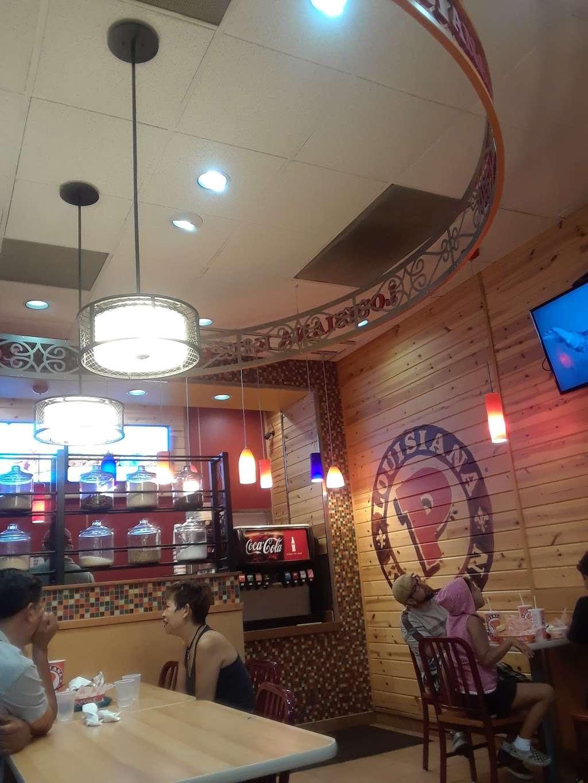 Popeyes Louisiana Kitchen - restaurant    Photo 7 of 10   Address: 509 N Hollywood Way, Burbank, CA 91505, USA   Phone: (818) 953-2831