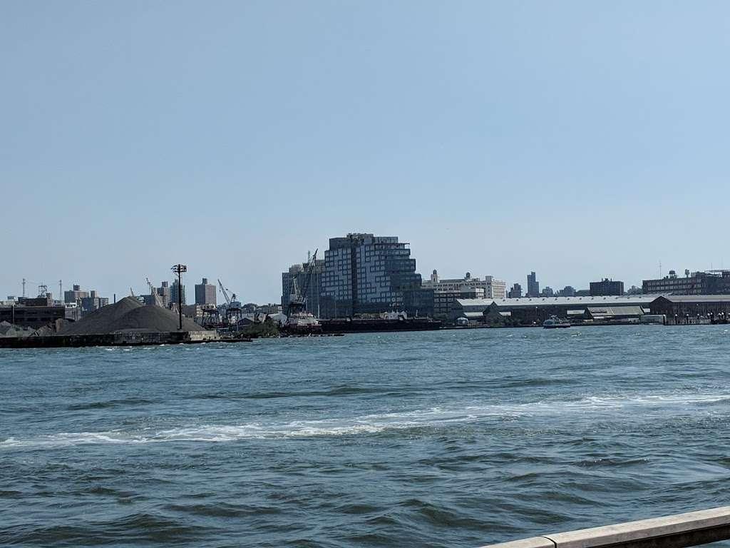 East River Promenade - park  | Photo 5 of 10 | Address: East River Promenade, New York, NY 10002, USA