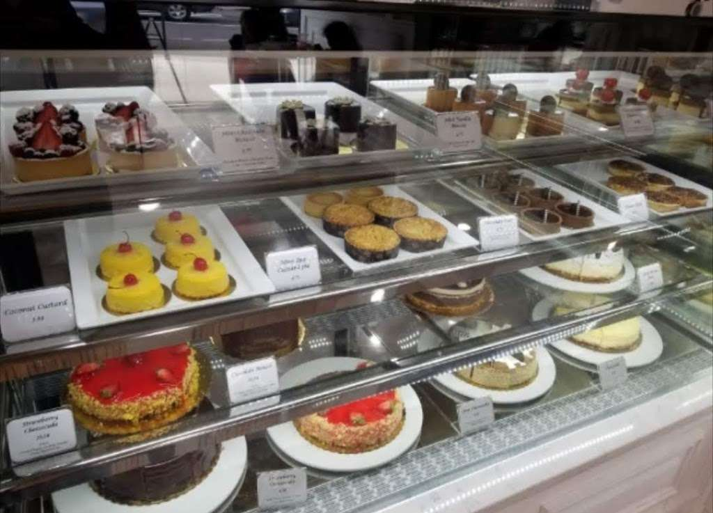 Confectionaires - bakery  | Photo 5 of 10 | Address: 2961 Webster Ave, Bronx, NY 10458, USA