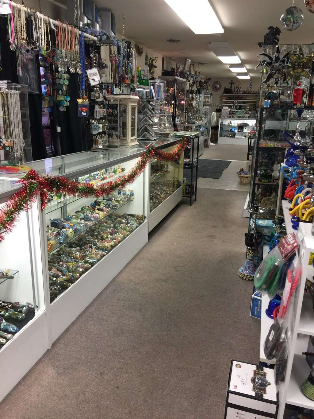 Crystal Dragon Fine Smoking Accessories & Gifts - store  | Photo 7 of 10 | Address: 3050 N Dupont Hwy # C, Dover, DE 19901, USA | Phone: (302) 730-1264