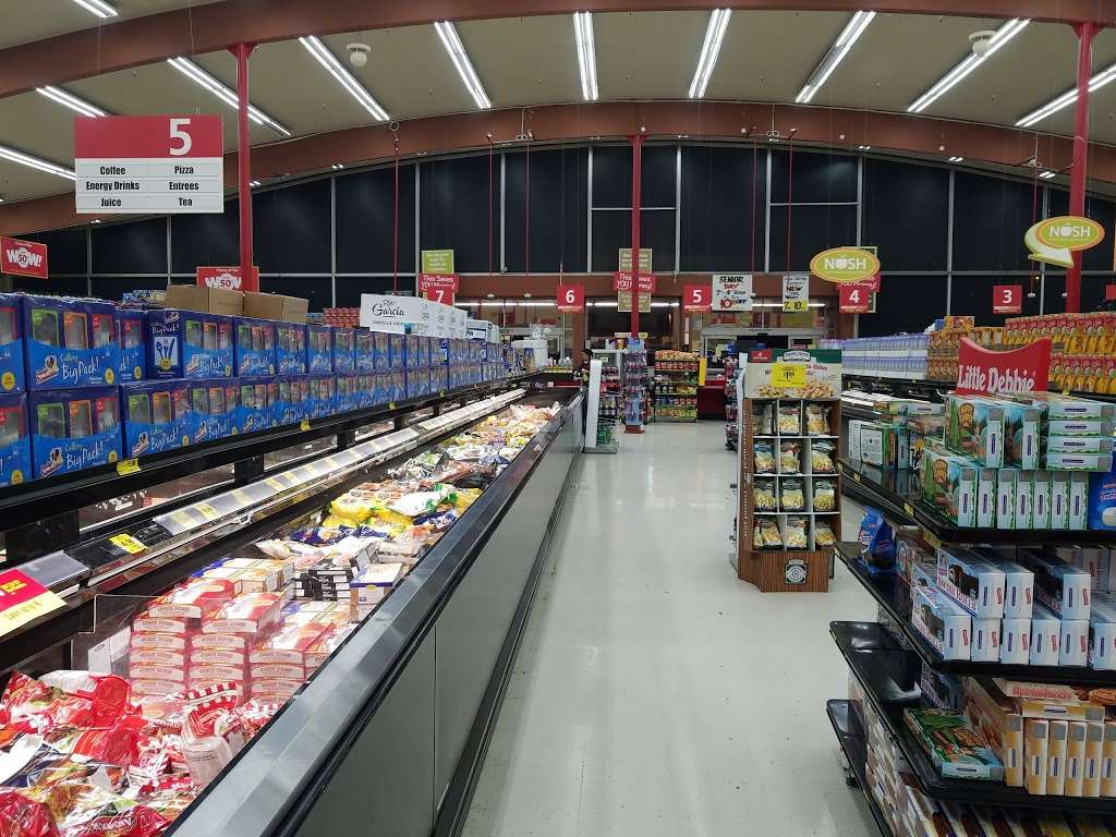 Grocery Outlet Bargain Market - supermarket    Photo 10 of 10   Address: 2900 Broadway, Oakland, CA 94611, USA   Phone: (510) 465-5649