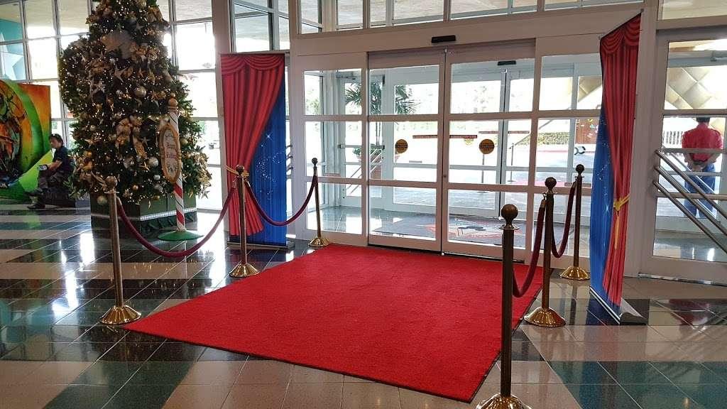 Disneys All-Star Movies Resort - bus station  | Photo 8 of 10 | Address: Directors Dr, Kissimmee, FL 34747, USA