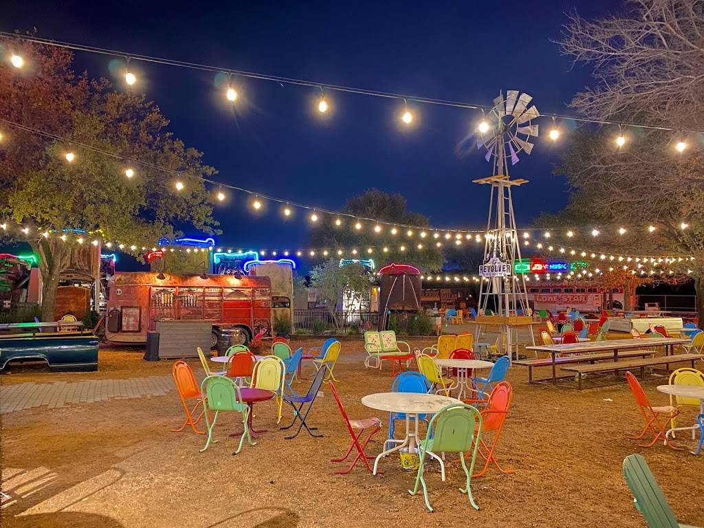 Truck Yard - restaurant  | Photo 7 of 8 | Address: 5959 Grove Ln, The Colony, TX 75056, USA | Phone: (469) 401-6764