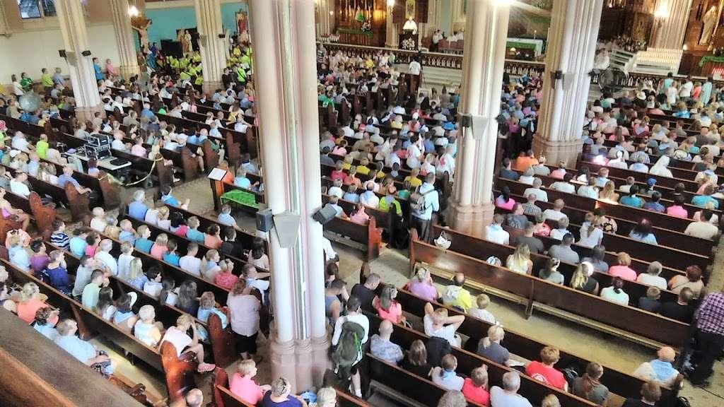 St. Michael the Archangel Roman Catholic Church - church  | Photo 4 of 10 | Address: 8237 S South Shore Dr, Chicago, IL 60617, USA | Phone: (773) 734-4921