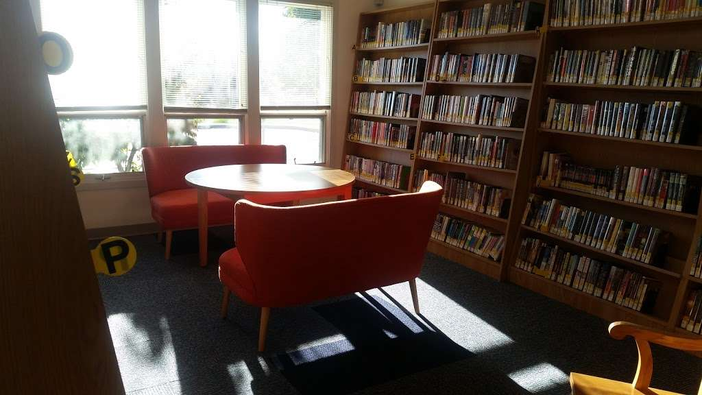Milanof-Schock Library - library  | Photo 7 of 10 | Address: 1184 Anderson Ferry Rd, Mount Joy, PA 17552, USA | Phone: (717) 653-1510
