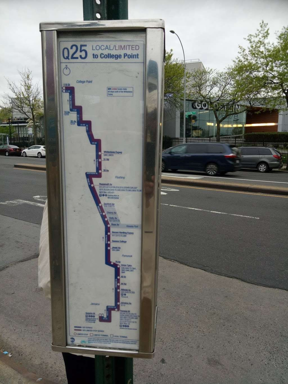 Mobil - gas station  | Photo 2 of 4 | Address: 154-02 Horace Harding Expy, Flushing, NY 11367, USA | Phone: (718) 939-8337