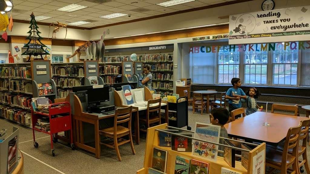 Mary Riley Styles Public Library - library  | Photo 7 of 10 | Address: 120 N Virginia Ave, Falls Church, VA 22046, USA | Phone: (703) 248-5030