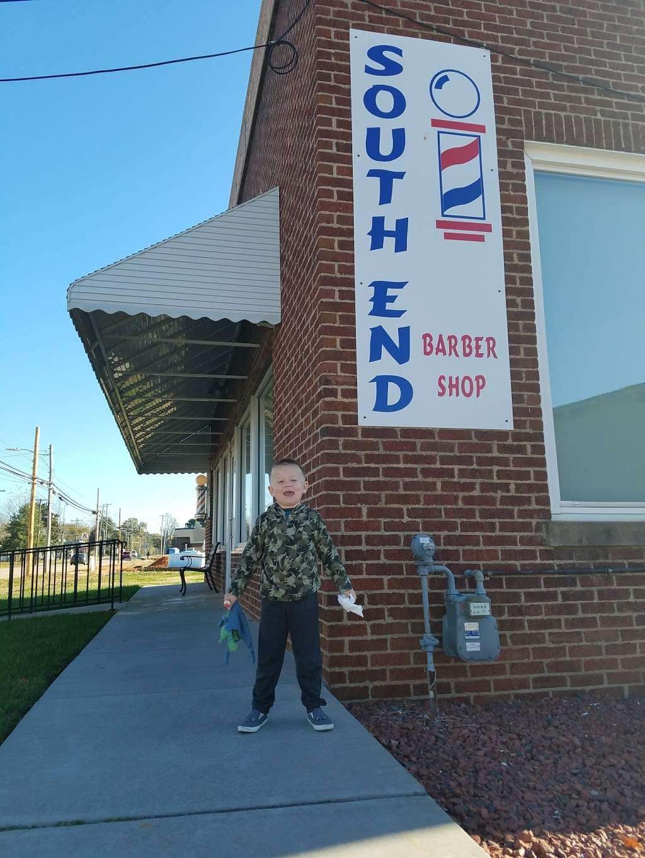 South End Barber Shop - hair care  | Photo 6 of 10 | Address: 404 N Main St, China Grove, NC 28023, USA | Phone: (704) 857-1891