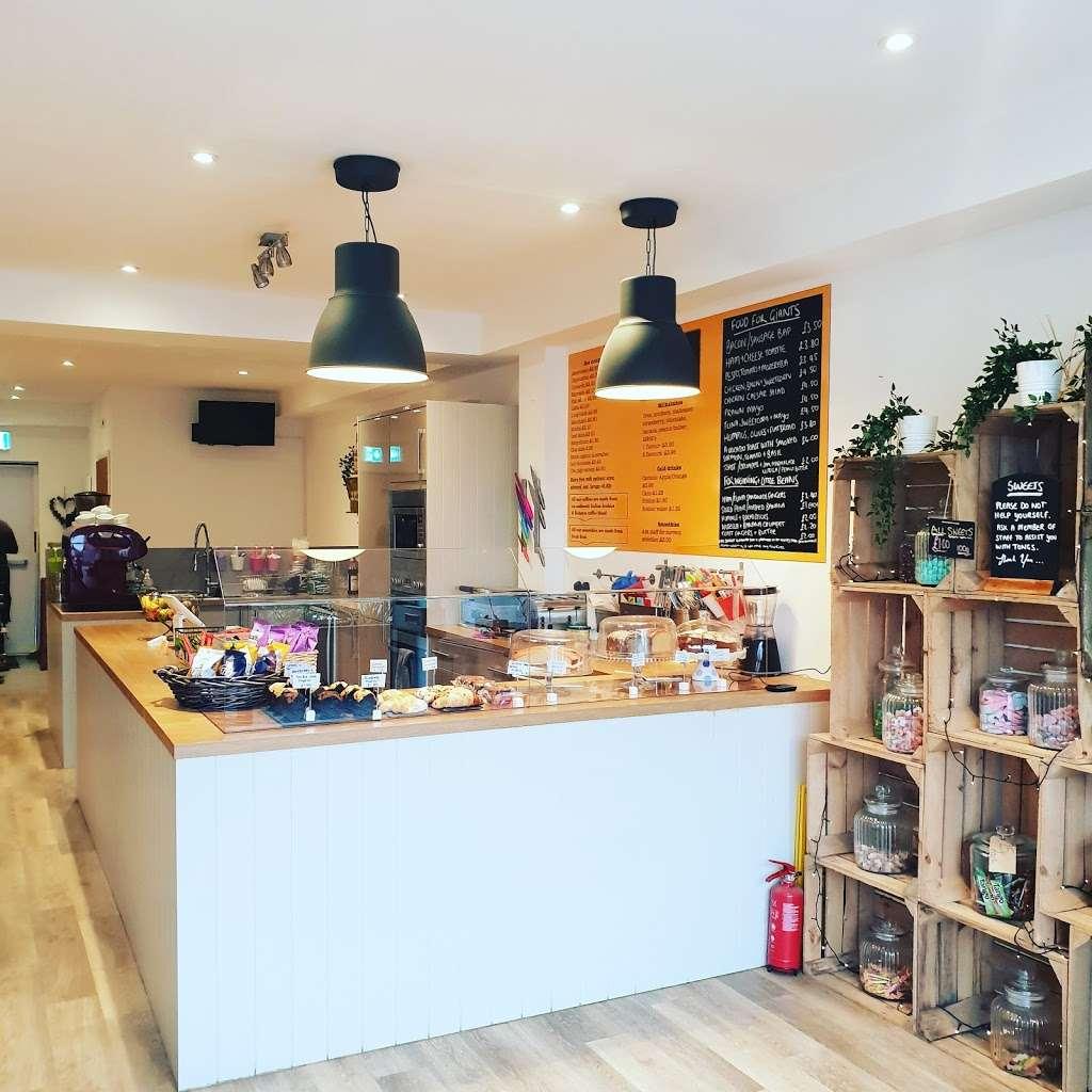 Jess and the beanstalk - cafe  | Photo 1 of 10 | Address: 19Manor, Green road, Epsom KT19 8RA, UK | Phone: 01372 877071