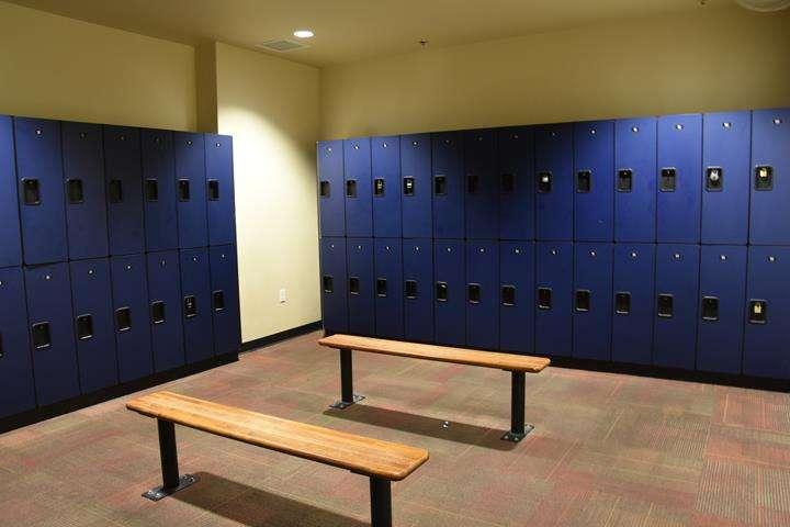 Fitness 1 Gym - gym  | Photo 7 of 10 | Address: 802 E Union Hills Dr, Phoenix, AZ 85024, USA | Phone: (623) 582-0565