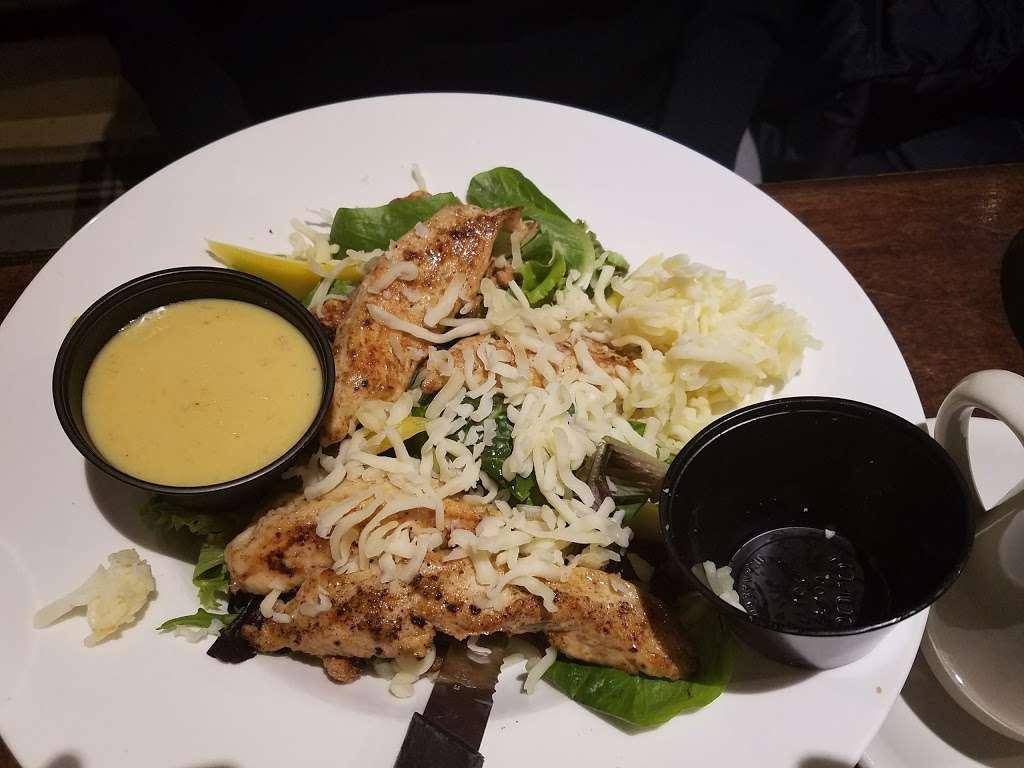 Bassetts - restaurant    Photo 8 of 10   Address: 19950 Fisher Ave, Poolesville, MD 20837, USA   Phone: (301) 972-7443