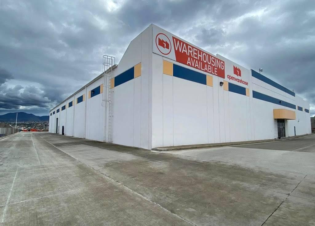 Open warehouse - storage  | Photo 1 of 2 | Address: Av, Laguna Maynar 4832, El Lago, 22210 Tijuana, B.C., Mexico | Phone: 664 199 3795