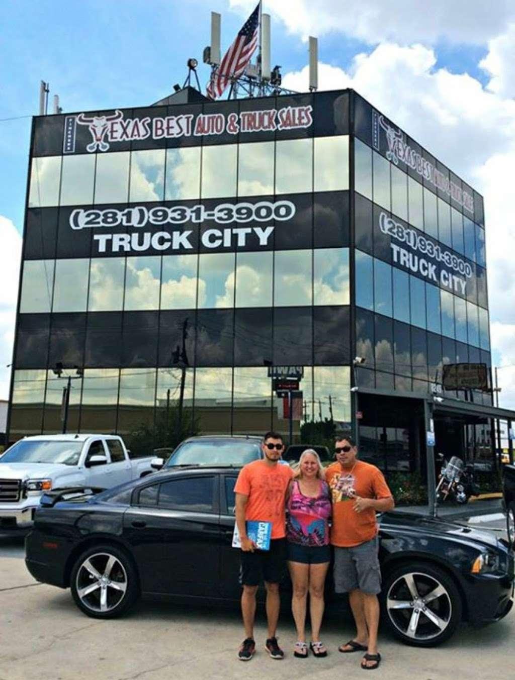 BEST CAR DEALS IN TEXAS BY EDDIE - car dealer  | Photo 9 of 10 | Address: 7955 Veterans Memorial Dr, Houston, TX 77088, USA | Phone: (713) 922-7911