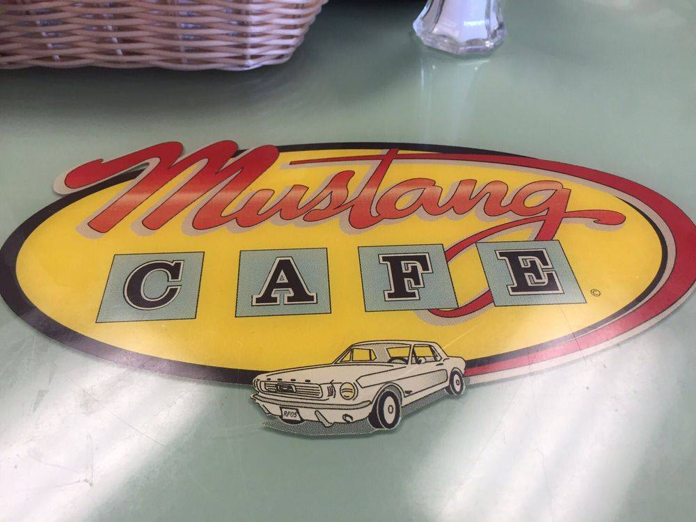The Mustang Cafe - restaurant  | Photo 8 of 9 | Address: 8601 Lomas Blvd NE, Albuquerque, NM 87112, USA | Phone: (505) 275-4477