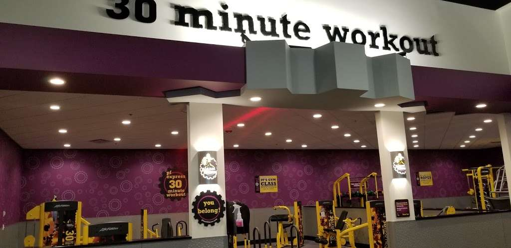Planet Fitness - gym  | Photo 10 of 10 | Address: 1270 Strongbow Center Dr #200, Valparaiso, IN 46383, USA | Phone: (219) 510-5865