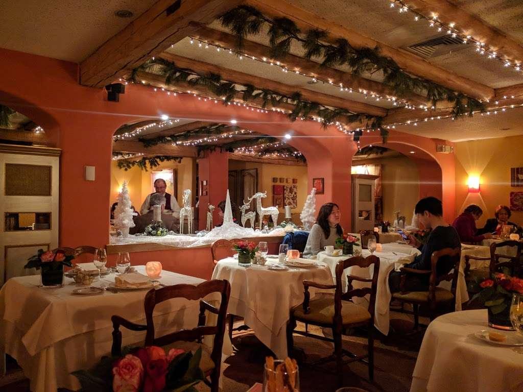 La Panetiere - restaurant  | Photo 7 of 10 | Address: 530 Milton Rd, Rye, NY 10580, USA | Phone: (914) 967-8140