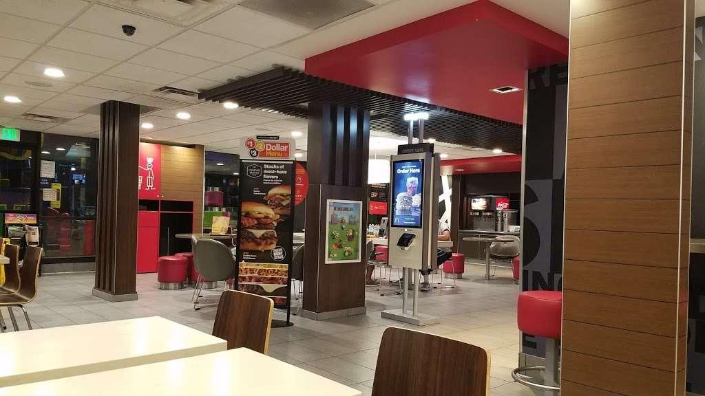 McDonalds - cafe  | Photo 3 of 10 | Address: 12808 Rancho Penasquitos Blvd, San Diego, CA 92129, USA | Phone: (858) 484-2081