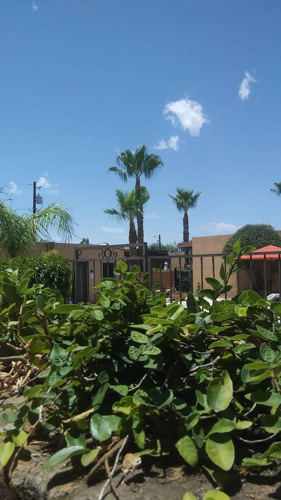Riverside Suites - real estate agency    Photo 2 of 10   Address: 1725 E Limberlost Dr, Tucson, AZ 85719, USA   Phone: (520) 202-2210