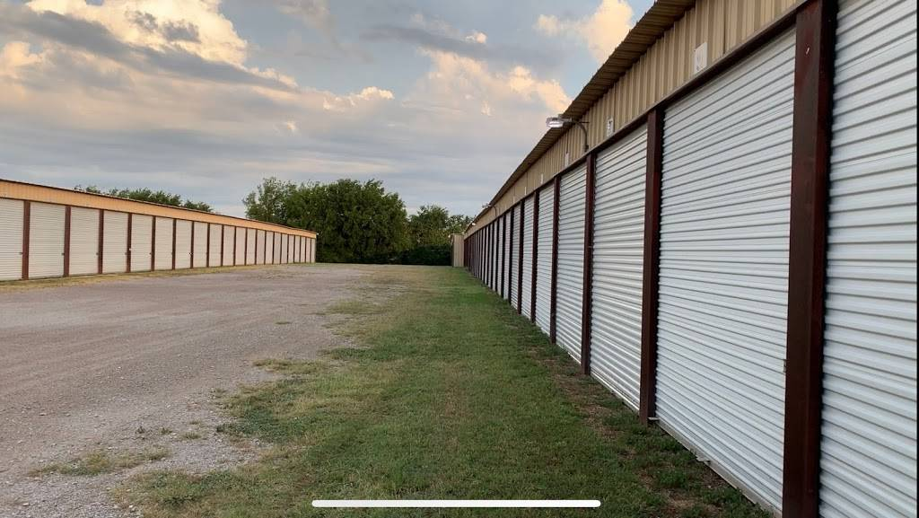 Fort Worth Boatel & Storage - storage  | Photo 3 of 7 | Address: 8955 Boat Club Rd, Fort Worth, TX 76179, USA | Phone: (817) 385-7671