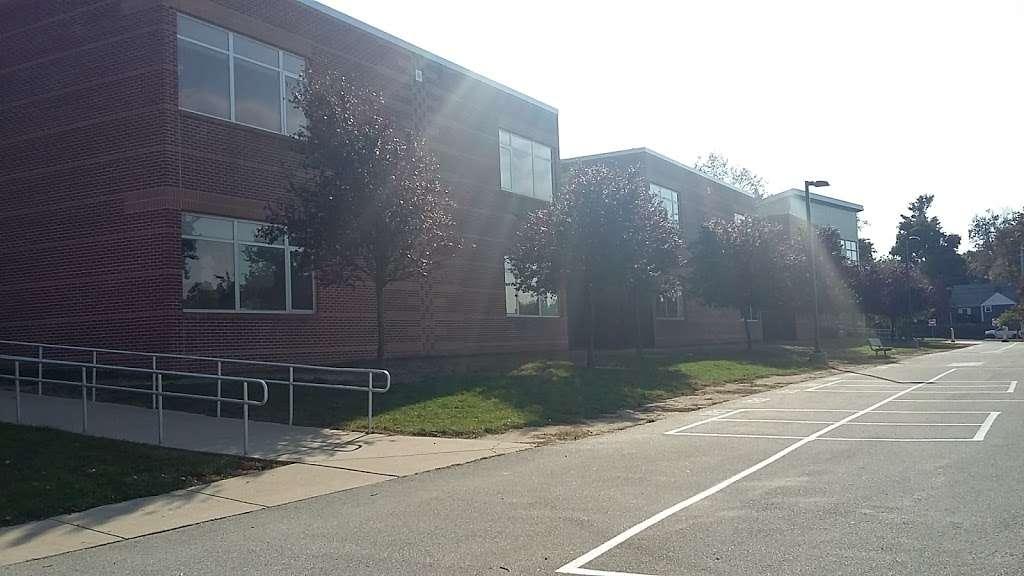 Overlook Elementary School - school  | Photo 10 of 10 | Address: 2001 Old Welsh Rd, Abington, PA 19001, USA | Phone: (215) 657-0857