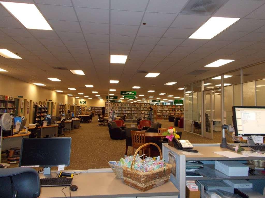 MCAS Miramar Library- USMC MCCS - library  | Photo 1 of 9 | Address: 5305 Miramar Way, San Diego, CA 92145, USA | Phone: (858) 577-1261
