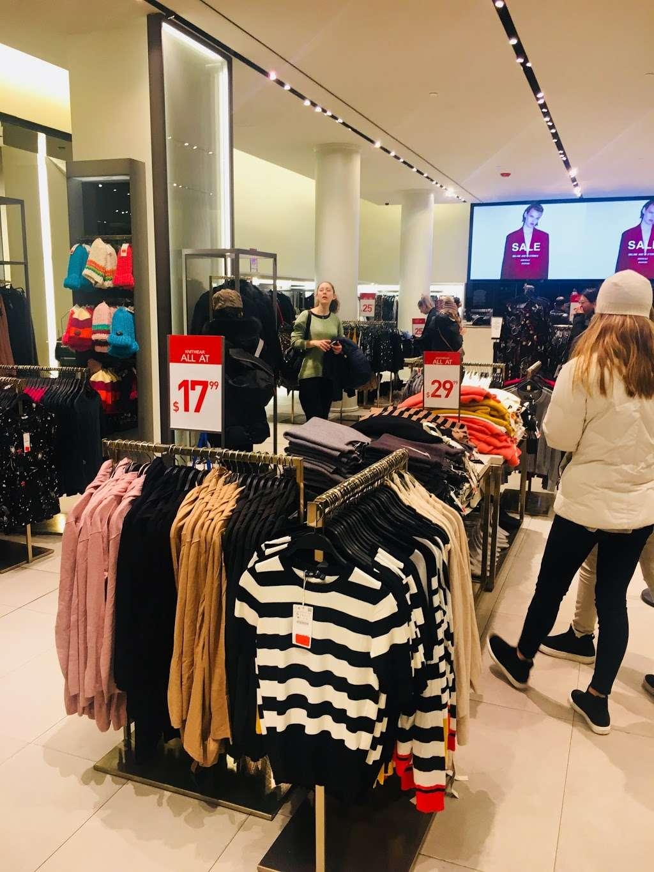 Zara - clothing store  | Photo 4 of 10 | Address: 101 5th Ave, New York, NY 10003, USA | Phone: (212) 741-0555