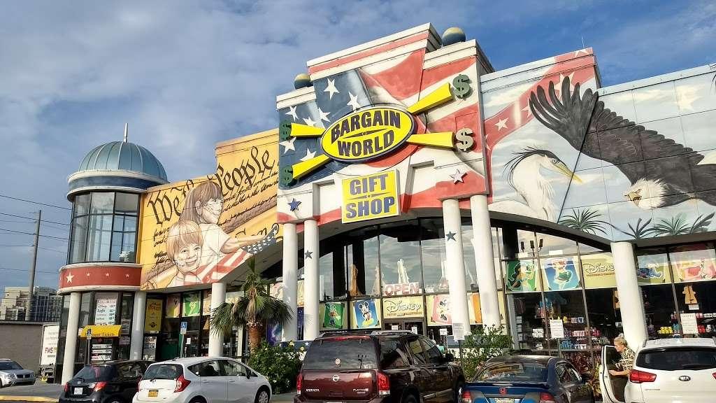 Bargain World Lake Buena Vista - clothing store    Photo 2 of 10   Address: 12236 S Apopka Vineland Rd, Orlando, FL 32836, USA   Phone: (407) 239-4100
