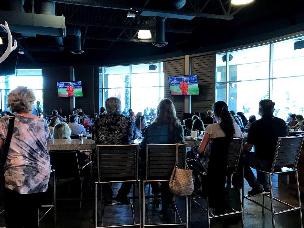 Mariners Church Cafe - cafe  | Photo 9 of 10 | Address: 5001 Newport Coast Dr, Irvine, CA 92603, USA