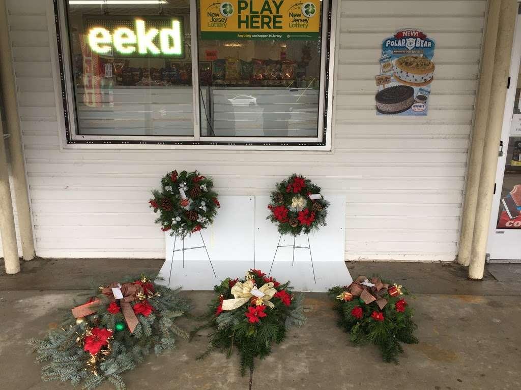 Super Deli Plus - supermarket  | Photo 6 of 10 | Address: 901 Rte 50, Mays Landing, NJ 08330, USA | Phone: (609) 829-2868