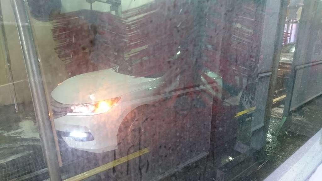 Embassy Autowash - car wash  | Photo 9 of 10 | Address: 10874 Fairfax Blvd, Fairfax, VA 22030, USA | Phone: (703) 273-5650