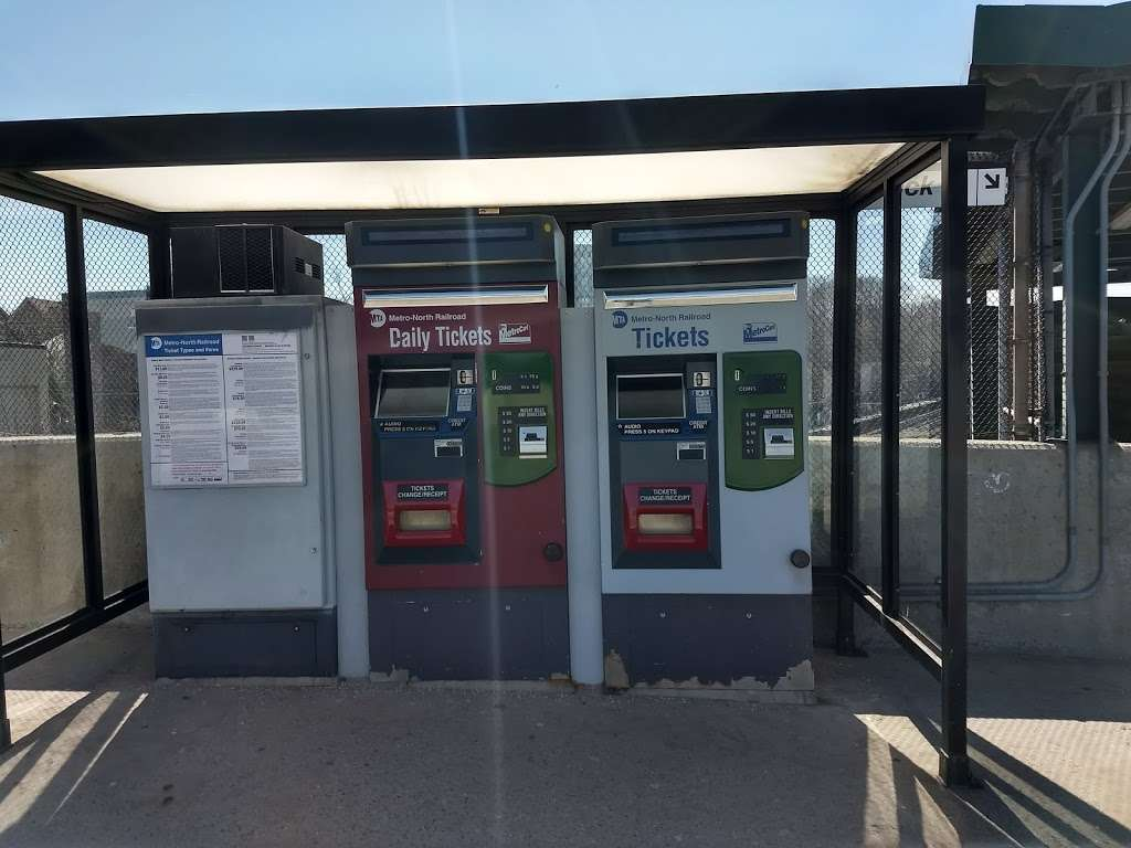 Ludlow - train station    Photo 1 of 10   Address: Yonkers, NY 10705, USA
