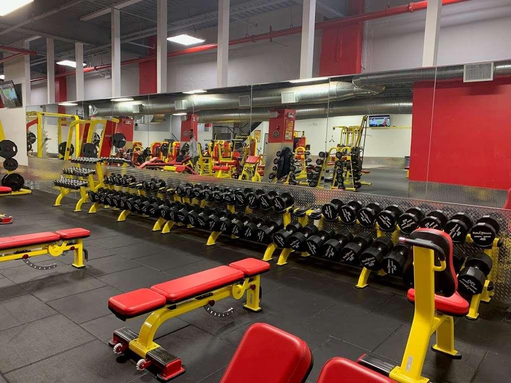 Retro Fitness 113 05 Springfield Blvd Queens Ny 11429 Usa