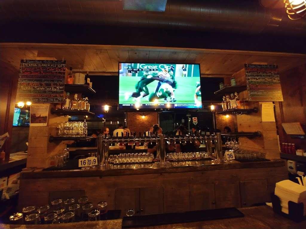Bronx Tavern - restaurant  | Photo 7 of 10 | Address: 3503, 780 E 133rd St, Bronx, NY 10454, USA | Phone: (718) 292-2108